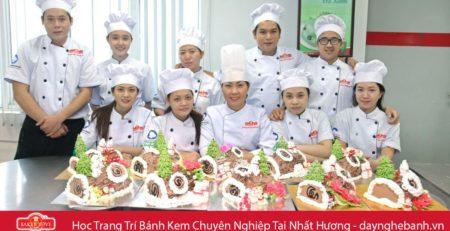 Học Trang Trí Bánh Kem tại TP Hồ Chí Minh