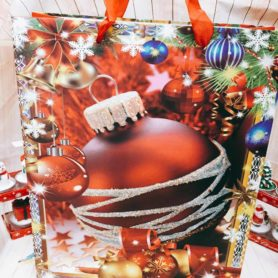 Túi Giấy Noel Hình Quả Châu Lớn