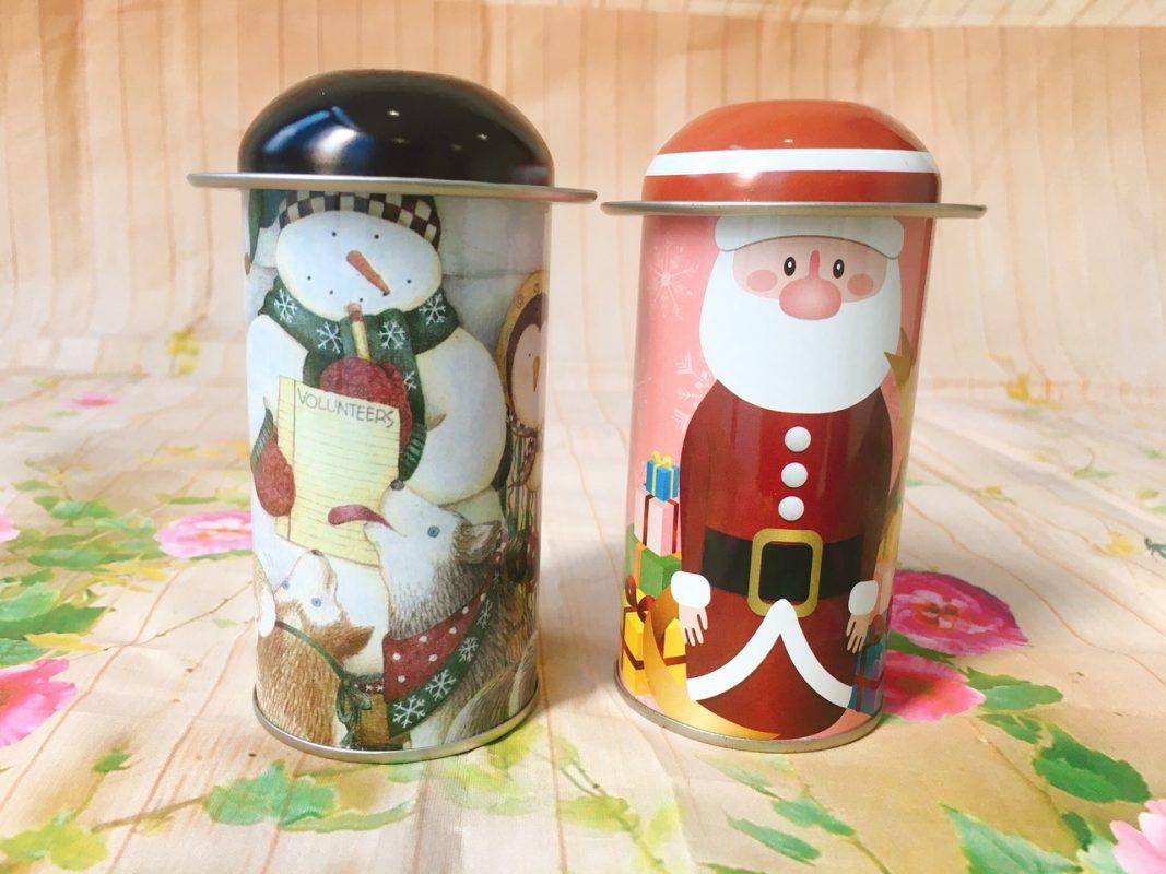 Hộp Thiếc Noel Kèm Nắp- Giao 1 Hộp Màu Và Họa Tiết Ngẫu Nhiên