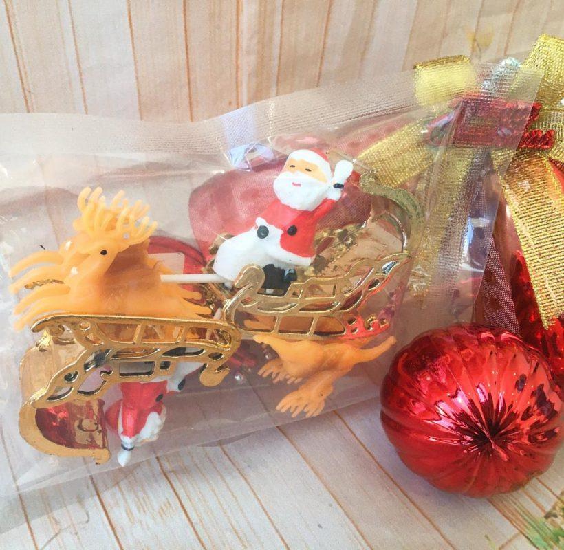 Set 2 Ông Già Noel Cưỡi Tuần Lộc Nhựa