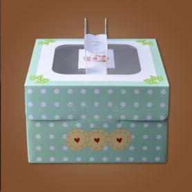 hộp đựng bánh sinh nhật kèm đế