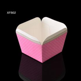 ly giấy cupcake vuông màu hồng
