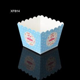 ly giấy cupcake vuông màu xanh 02